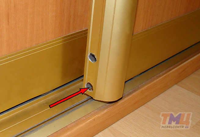 Регулировка дверей шкафа-купе своими руками видео